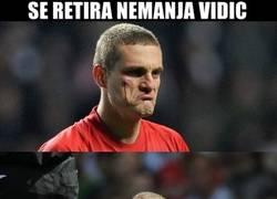 Enlace a Nemanja Vidic anuncia su retirada del futbol