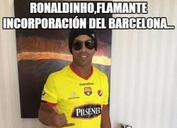Enlace a ¡¡Ronaldinho ya viste la camiseta del Barcelona...!!