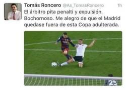 Enlace a Buena zasca a Roncero en twitter. Una de tantas.