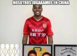 Enlace a Robinho y Paulinho siendo pioneros en Asia