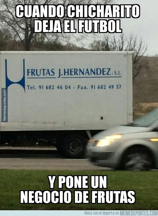801109 - Cuando Chicharito deja el fútbol para poner un negocio de frutas