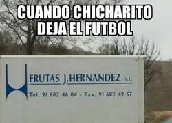 Enlace a Cuando Chicharito deja el fútbol para poner un negocio de frutas