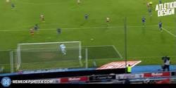 Enlace a GIF: El gol 101 de Torres ante el Getafe