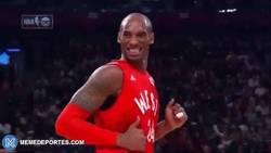 Enlace a GIF: Cuando tu profesor te dice que has aprobado con un 9,5