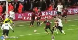 Enlace a GIF: El gol de Lukaku frente al Bournemouth en la FA Cup