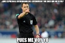 Enlace a Increíble lo de este árbitro en el Bayer Leverkusen - BVB