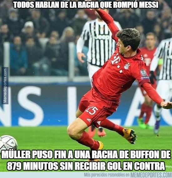809012 - Müller siempre cumple