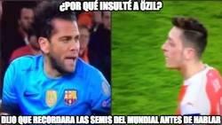 Enlace a ¿Por qué Alves insultó a Özil?