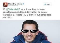 Enlace a Neville hace historia con el Valencia en Europa