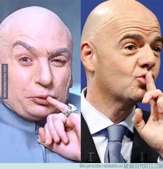 810432 - Infantino y Dr. Evil, parecidos razonables