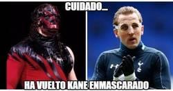 Enlace a Cuidado, Kane ha vuelto