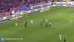 Enlace a GIF: Fail de la jornada en la Bundesliga: Werner falla a porteria vacía