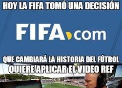 Enlace a Una decisión de la FIFA que cambiará y mucho el arbitraje