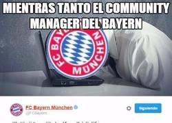 Enlace a El community manager no pudo aguantar el partido