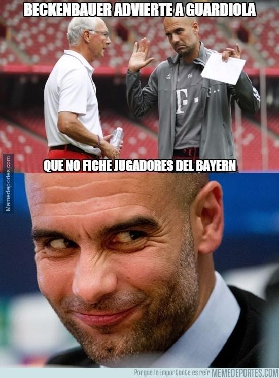 821390 - Parece que Guardiola tiene algo en mente