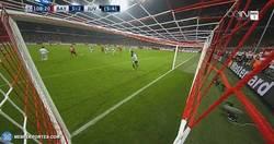Enlace a GIF: Thiago marca en la prórroga para darle la victoria momentanea al Bayern