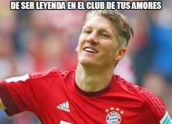 Enlace a Pobre Schweinsteiger... :(
