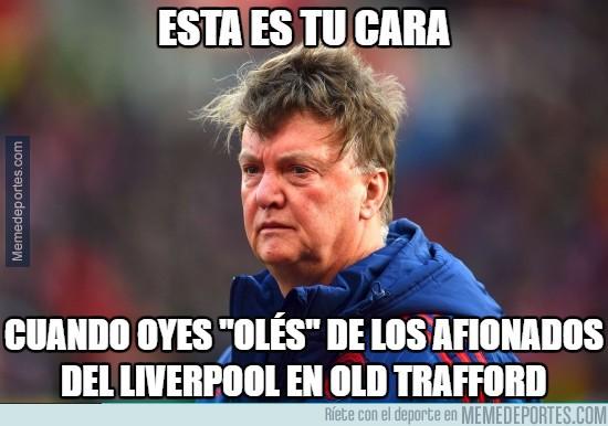 822607 - Menuda imagen está dejando Van Gaal con el United...