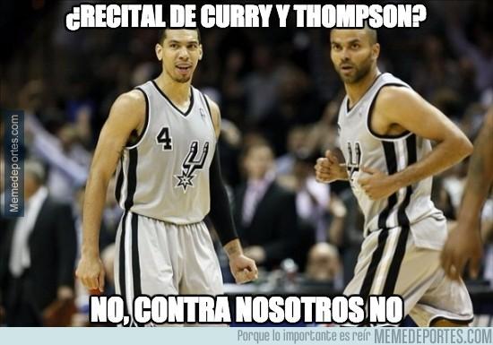 823932 - ¿Recital de Curry y Thompson?