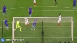 Enlace a GIF: Gol de Jamie Vardy, sigue dulce el inglés, esta vez ante Holanda