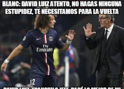 Enlace a La razón de la amarilla de David Luiz tan tempranera