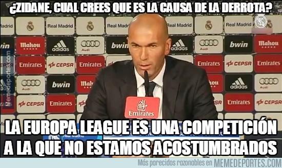 833014 - Zidane ya conoce el motivo de la derrota ante el Wolfsburgo