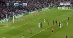Enlace a GIF: Golazo de Kevin De Bruyne para darle la victoria al City ante el PSG