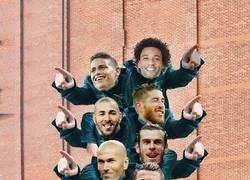 Enlace a Cristiano échandose encima a todo un equipo
