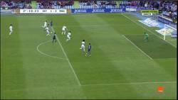 Enlace a GIF: Golaaaaazo de Sarabia al Real Madrid