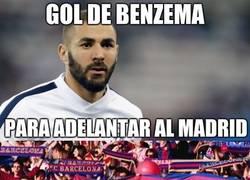 Enlace a Aficionados del Barça tras el gol de Benzema