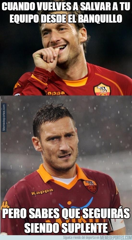 849894 - Totti lo vuelve a hacer