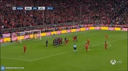 Enlace a GIF: Gooooooooool del Bayern que se adelanta en el Allianz Arena. Empate en la eliminatoria