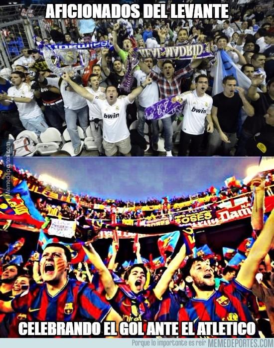 853293 - Imagen en directo de la celebración del gol de Casadesús