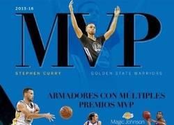Enlace a Estadísticas, comparaciones y logros de Stephen Curry a sus 28 años de edad