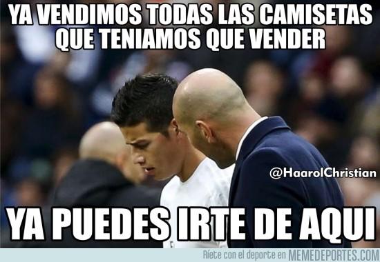 854944 - James con pie y medio fuera del Real Madrid