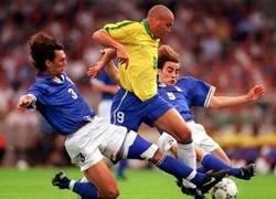 Enlace a De aquí nace el apodo de Ronaldo, el fenómeno
