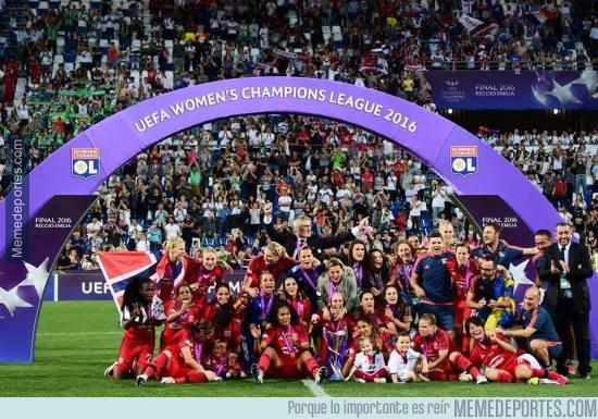 862139 - Olympique de Lyon, ganadoras de la UEFA Champions League femenina