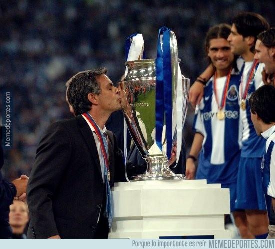 862156 - ¿Recuerdas al Porto de Mou? Ya hace 12 años dieron la sorpresa