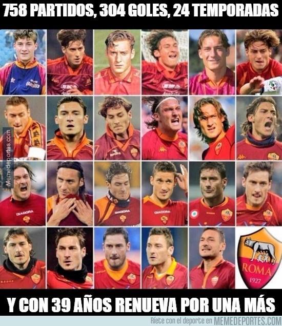 868904 - Un año más para Totti