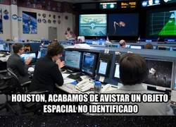Enlace a Otro balón en órbita y NO es el de Sergio Ramos