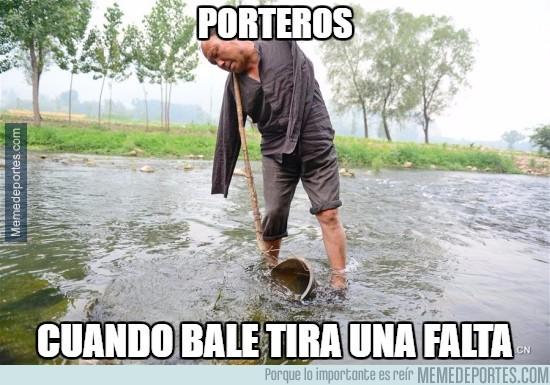 874644 - Parece que no se mueven mucho ante las faltas de Bale