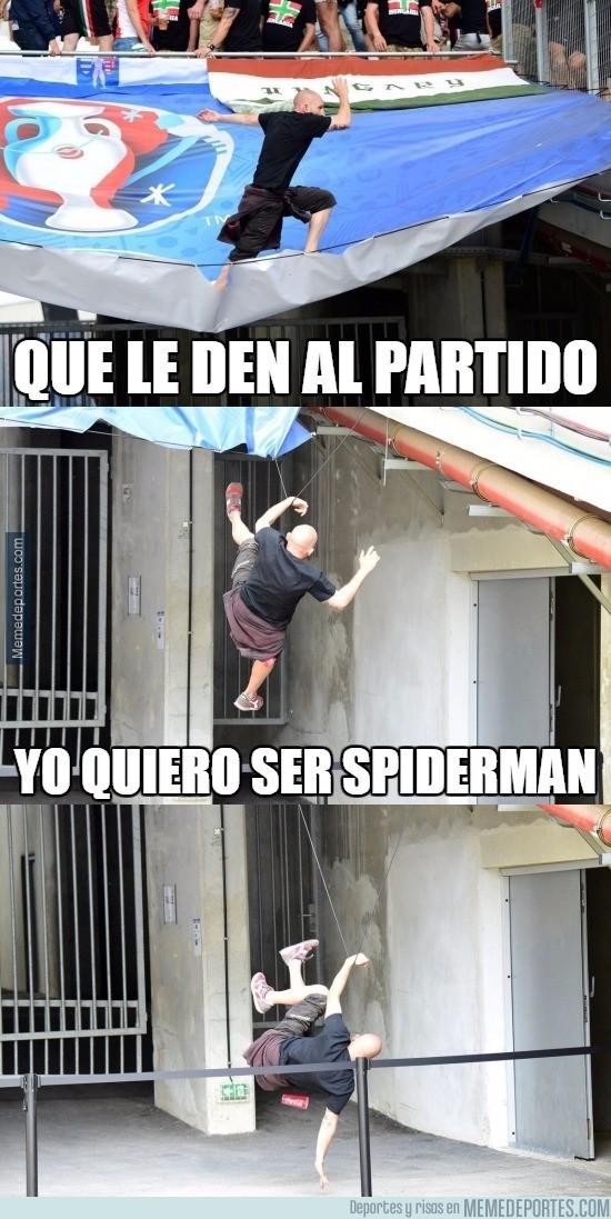877409 - El aficionado que quería ser Spiderman