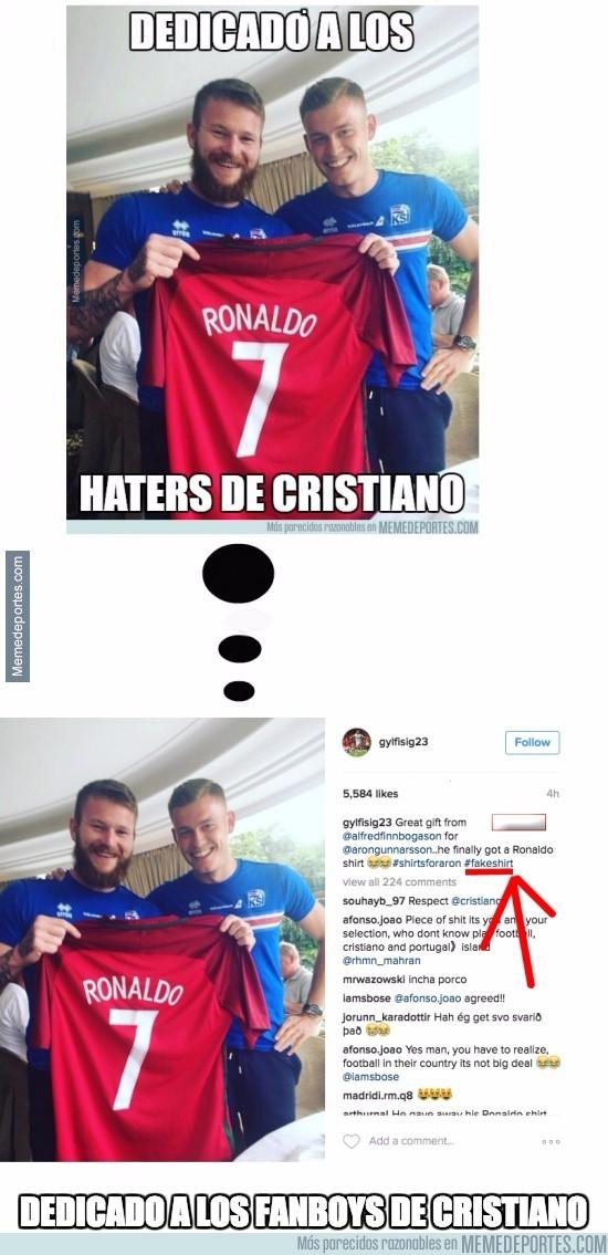 878002 - Nuevo giro de tuerca al tema de la camiseta de Cristiano