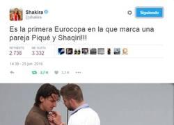 Enlace a Shakira y sus tuits...