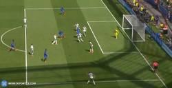Enlace a GIF: El primer gol de Griezmann que empata a Irlanda