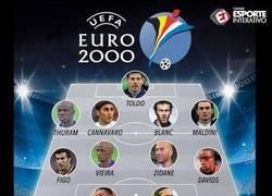 Enlace a El XI ideal de la Euro 2000.¡Qué equipazo de leyendas!