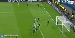 Enlace a GIF: El gol de Cristiano Ronaldo a la salida de un córner