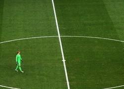 Enlace a Manuel Neuer a su rollo