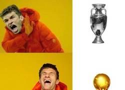 Enlace a Müller con la selección