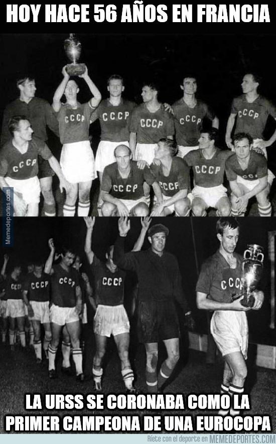 887918 - Día historico para la Eurocopa